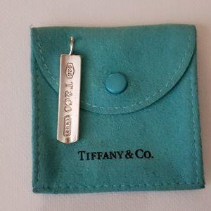 TIFFANY & CO. 925 SILVER PENDANT
